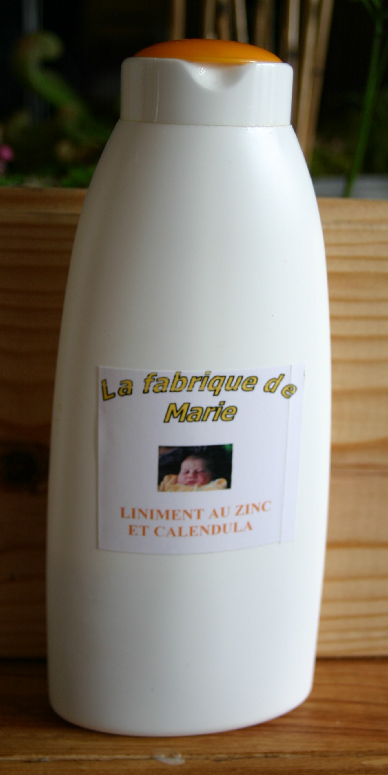 liniment oleo calcaire au zinc et calendula la fabrique de marie. Black Bedroom Furniture Sets. Home Design Ideas